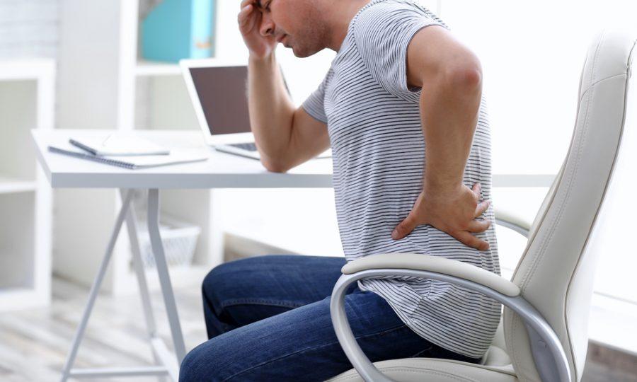4 tips voor minder lichamelijke klachten op het werk